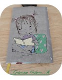 Motif de broderie machine petite fille lecture