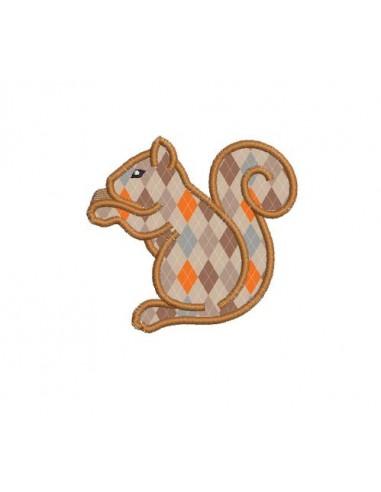 Motif de broderie machine écureuil appliqué
