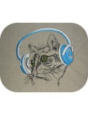Instant download machine embroidery cat with his crown