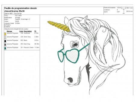 Motif de broderie machine licorne avec ses lunettes en mylar