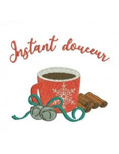 Instant download machine embroidery design christmas mug