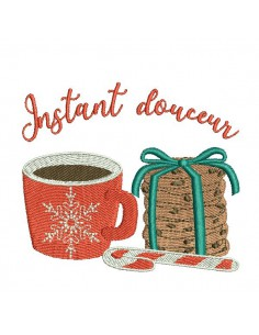 Instant download machine embroidery design christmas mug