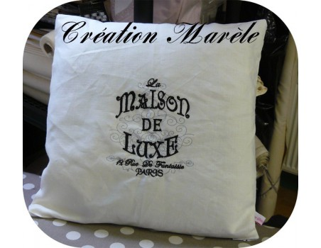 Motif de broderie machine Maison de luxe de Paris