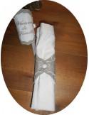 Motif de broderie rond de serviette