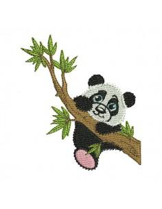 Motif de broderie machine panda sur une branche