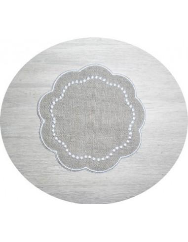 Motif de broderie dessous de verre perlé