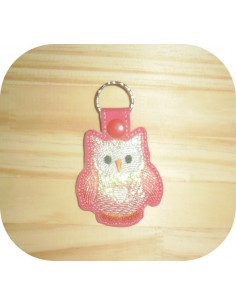 machine embroidery design owl mylar keychains ith