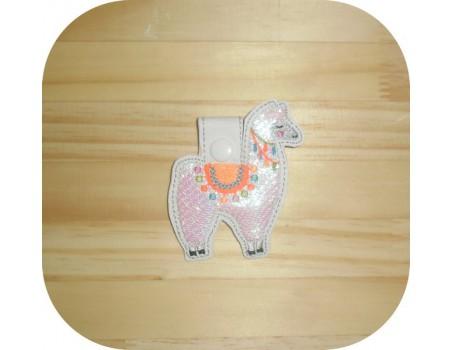 machine embroidery design flamingo mylar keychains ith