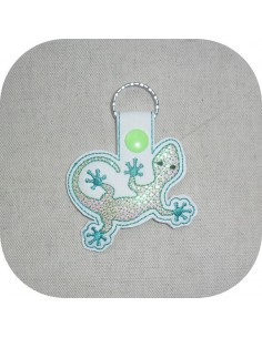 machine embroidery design lizard  mylar keychains ith