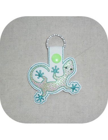 machine embroidery design turtle  mylar keychains ith