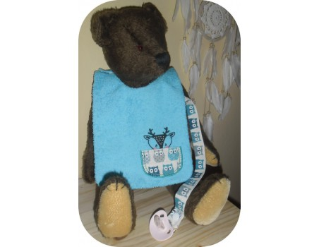 machine embroidery design  Bib ITH baby boy hippo