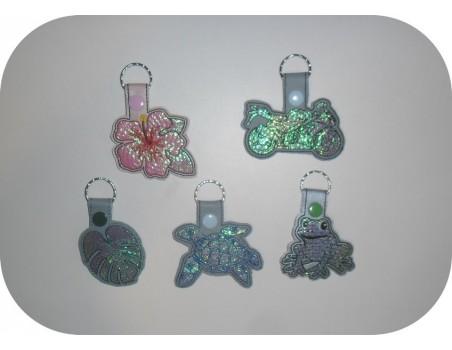 machine embroidery design frog mylar keychains ith