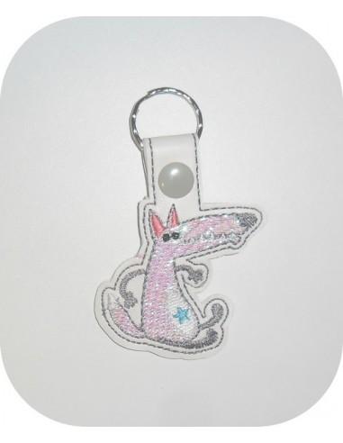 machine embroidery design wolf mylar keychains ith