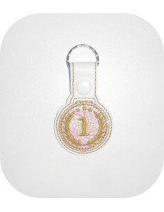 machine embroidery design gold medal mylar keychains ith