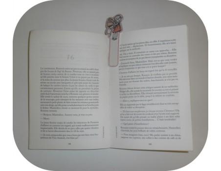 Motif de broderie machine ITH marque pages fée