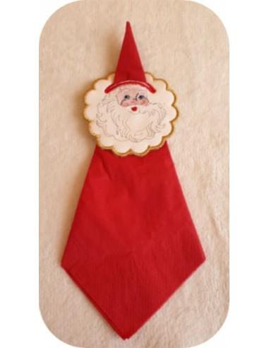 motif de broderie machine  rond de serviette festonné père Noël ITH