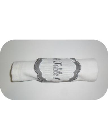 motif de broderie machine  rond de serviette médaillon  ITH