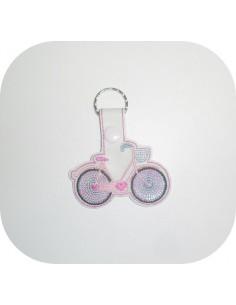 Motif de broderie machine porte clé vélo en mylar  ITH