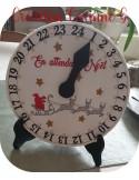 motif de broderie machine horloge en attendant Noël  ITH