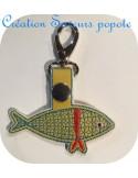 Motif de broderie machine porte clé sardine en mylar  ITH