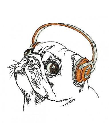 Motif de broderie machine carlin avec ses écouteurs