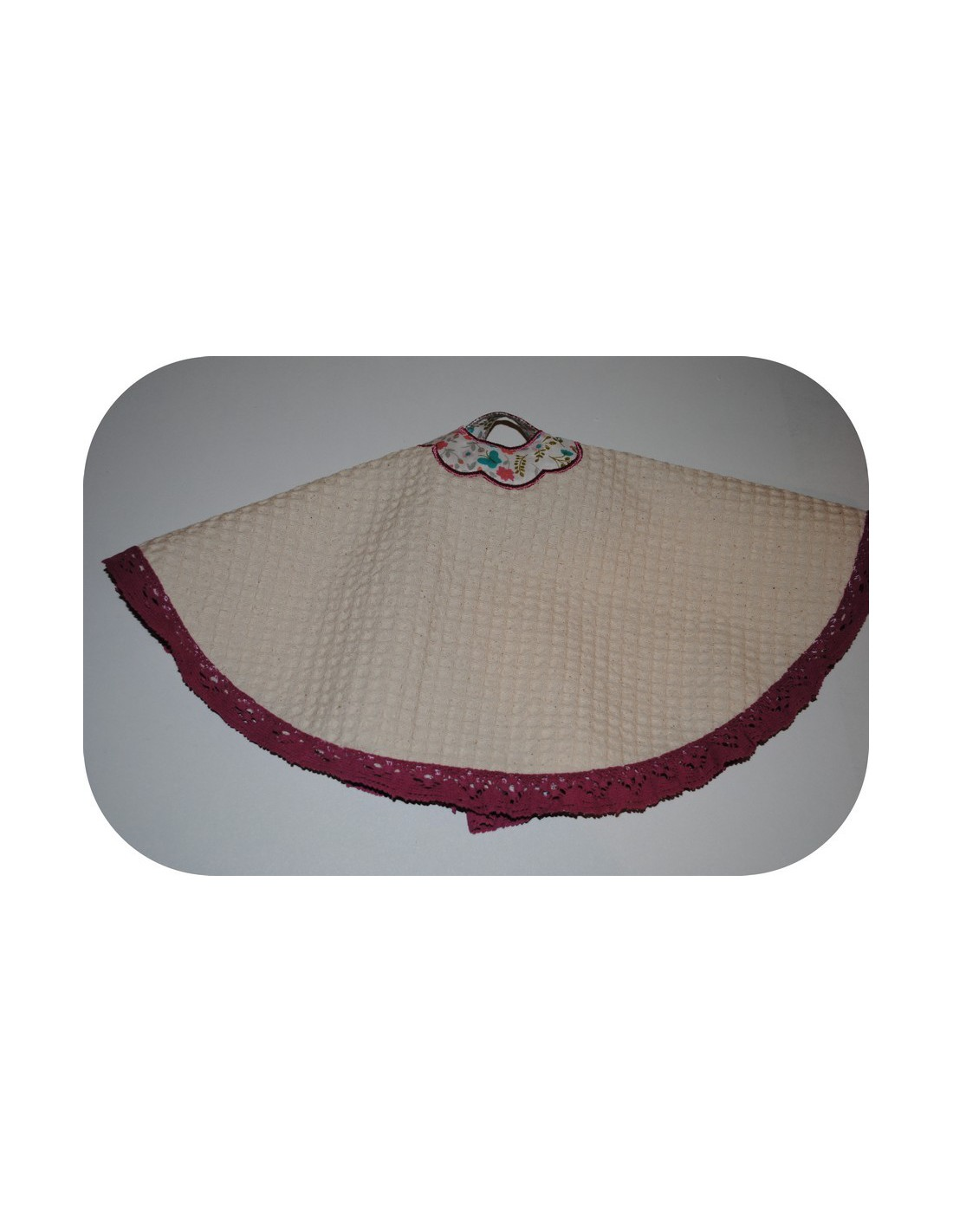 embroidery machine design ith flower Towel Topper