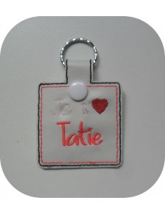 machine embroidery design  I love you grand'ma keychains ith