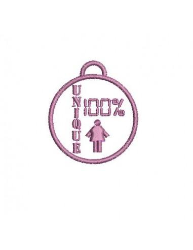 Motif de broderie médaille 100% unique