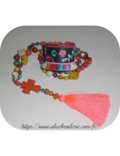 Motif de broderie machine ITH bracelet  bohème avec frise de pompons