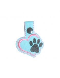 Motif de broderie machine porte clé  coeur patte de chien ou chat   ITH