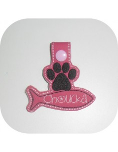 machine embroidery design  customizable cat paw with fish keychains ith