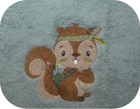 Instant download machine embroidery design giraffe