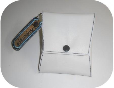 Motif de broderie machine  étui pochette à personnaliser  pour masque ITH