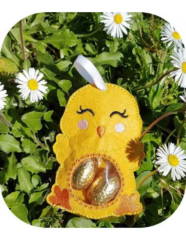 Instant download machine embroidery design candy bag chick ith
