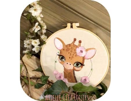 machine embroidery design giraffe with flowers