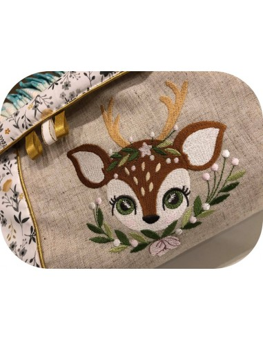 machine embroidery design fawn with star and  flowers