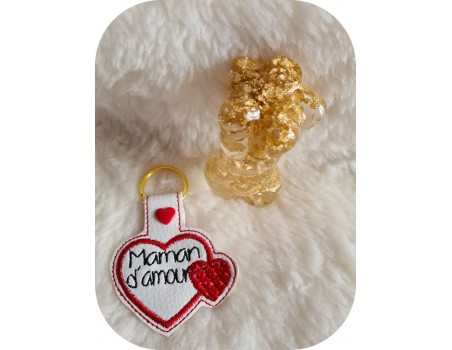machine embroidery ith  mother's day heart keychain