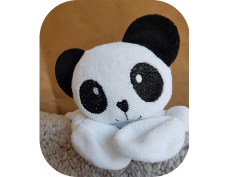 machine embroidery design panda head  ith