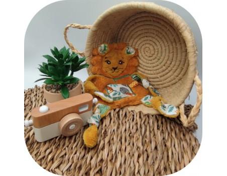 machine embroidery  design lion ith