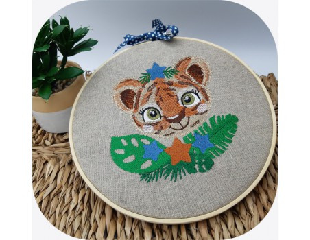 machine embroidery design tiger with star