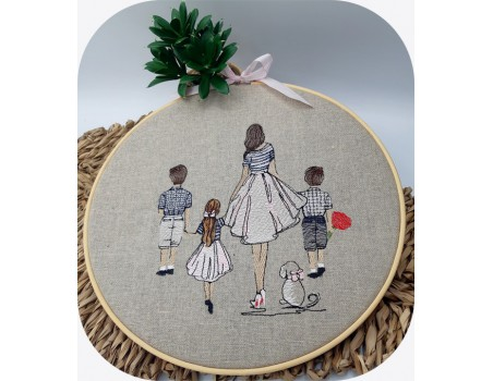 machine embroidery design  rippled mother and children