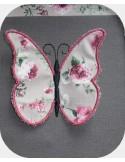 Motif de broderie machine papillons 3D