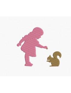 Motif de broderie machine fille avec un écureuil