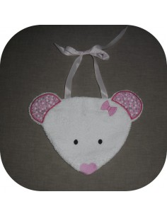 embroidery design Mouse bib